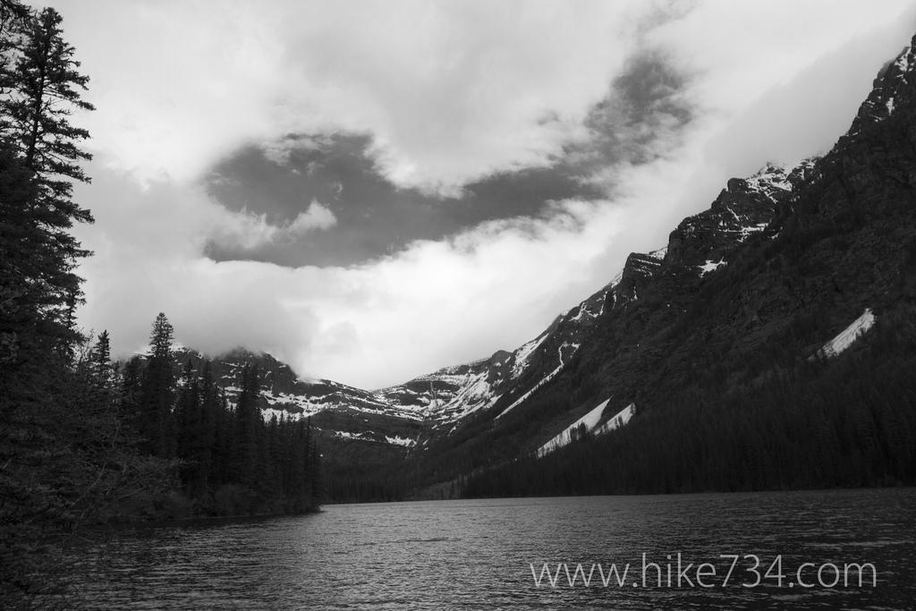 Logging-Lake-Hike